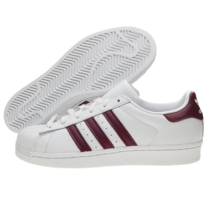 2766d5d85726 adidas superstar holographique pas cher Chez Discount, vous aimez courir?  Ensuite, une bonne chaussure est nécessaire pour vous de choisir avec le  prix ...