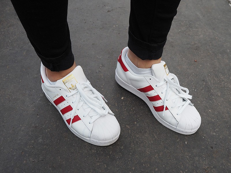 adidas superstar rouge et blanche