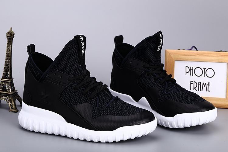 adidas yeezy montant une vente de liquidation de prix bas