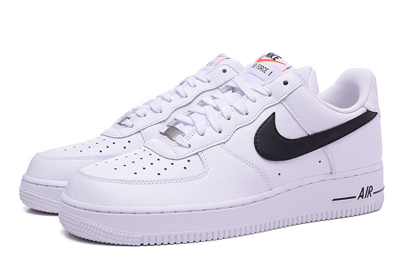 basket homme nike air force one solde